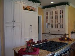 christmas in the kitchen columbia cabinets