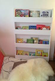 bibliotheque chambre enfant diy pour réaliser une bibliothèque pour enfants pour les sales