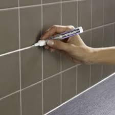 peindre carrelage de cuisine rénover des joints carrelage avec le stylo peinture julien
