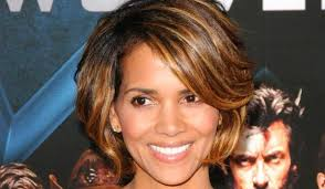harry berry hairstyle 30 sexy halle berry hairstyles slodive