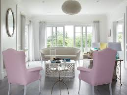 guillaume gentet designs a hamptons home in summery pastels new