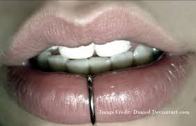 Middle Lip Piercing How To Get Candylipz