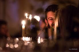 cena al lume di candela una cena romantica a lume di candela foto di ristorante moderno