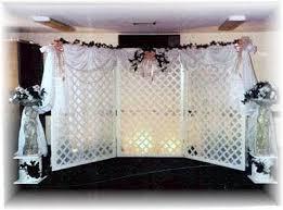 wedding backdrop lattice white lattice