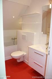 toilette sous escalier toilettes blanches au sol rouge brut toilette u0026 wc stylés