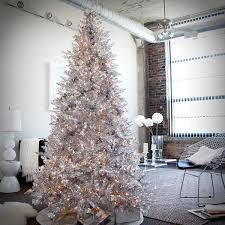 modern christmas 53 wonderfully modern christmas decorated living rooms
