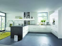 komplett küche eine küche in u form komplett ausgestattet kaufen sparen