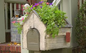 Mailbox Flower Bed 15 Mailbox Planter Ideas To Spruce Up Your Street Garden Lovers Club