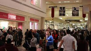 mall of america major mall owner greet larger more energized crowds