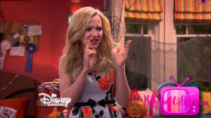 liv and maddie u0027 the twins get a triplet halloween special youtube