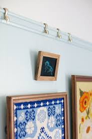 How To Hang Prints Best 25 Picture Rail Ideas Only On Pinterest Picture Rail