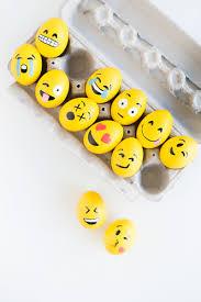 gardening emoji 51 eggcellent ways to decorate easter eggs