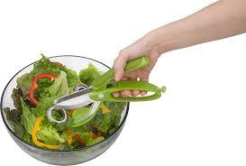 amazon com trudeau toss and chop salad tongs salad scissors