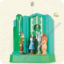 2008 who rang that bell wizard of oz hallmark magic ornament at
