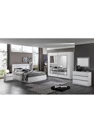 chambre a coucher blanc laqué chambre à coucher moderne blanc laqué avec strass
