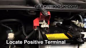 2008 toyota yaris battery how to jumpstart a 2007 2011 toyota yaris 2011 toyota yaris 1 5l