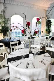 decoration mariage noir et blanc décoration de table mariage en 28 idées pour la table ronde