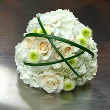 wedding flowers ottawa white hydrangea and roses wedding bouquet w flowers ottawa