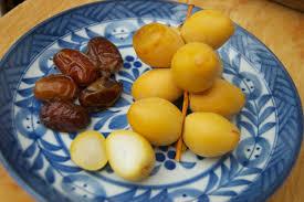 fresh dates fruit the sweetness of dates