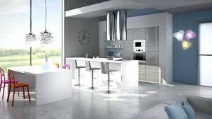 hottes de cuisine design hotte cuisine ilot central decorative design suspendues motifs d