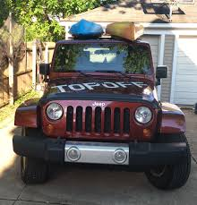 lifted jeep wrangler 2 door jeep wrangler 1 person hardtop removal storage and reinstallation