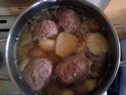 cuisiner des crepinettes recette de crépinettes ou boulettes aux pommes de terre