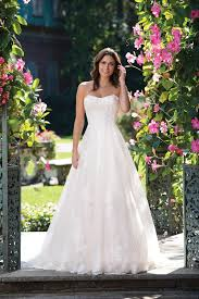 3930 wedding dress from sincerity bridal hitched co uk