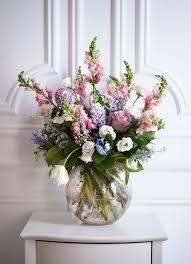 Fake Flowers For Home Decor 25 Best Vase For Flowers Ideas On Pinterest Wedding Table