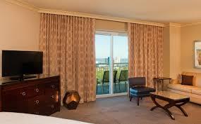 double sleeper sofa deluxe junior suite sheraton myrtle beach convention center hotel