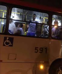 Preferidos Cruzeiro tem problema com ônibus e chega em coletivo para  @ZZ96