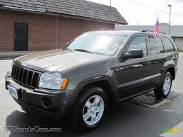 2006 jeep grand cherokee laredo 4x4 in dark khaki pearl 255808