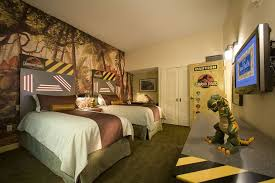 Room Best Themed Hotel Rooms by Book Universal U0027s Loews Royal Pacific Resort Orlando Hotel Deals