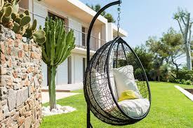 siege suspendu jardin hespéride prenez le temps de lire un bon livre dans notre fauteuil