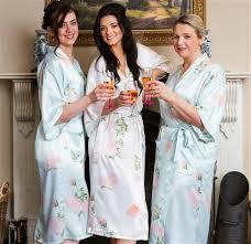 wedding dressing gowns personalised bridal kimonos bridal party bathrobes wedding