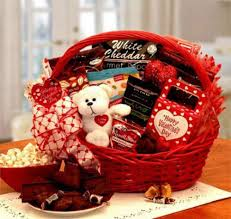 valentine day gifts for wife 15 valentine s day gift basket ideas for husbands or wife 2016