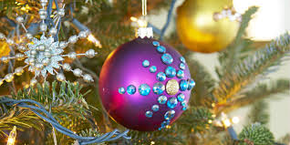 ornaments for tree centerpiece ideas