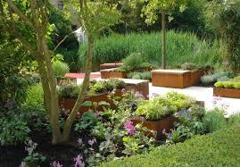 kleiner garten gestalten kleine gärten gestalten einem kleinen garten form geben