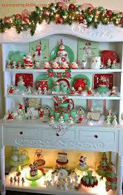 Vintage Cottage Decor by Cozy Christmas Cottage Decor Jadeite Collection Vintage