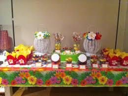 emma u0027s 13th birthday hawaiian candy buffet table party ideas