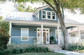 waco texas real estate chip and joanna gaines here s why chip and joanna gaines neighbors wish fixer upper