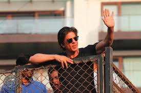 here u0027s the real reason why mumbai police didn u0027t allow srk to shoot