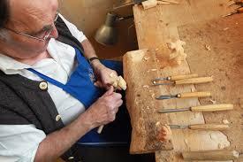 wood carvers heinrich zwink photos photos oberammergau woodcarvers create