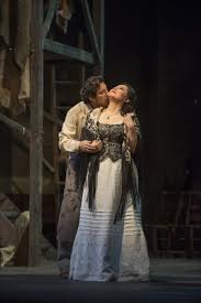 flash first look at lyric opera of chicago u0027s tosca