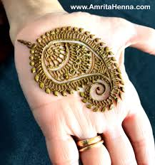 5 traditional paisley henna mehndi designs you cant miss henna