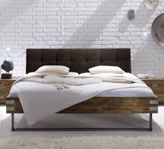 Schlafzimmer Braunes Bett Bett Dekoration Braun Alles Bild Für Ihr Haus Design Ideen