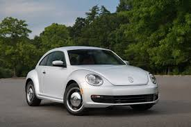 green volkswagen beetle convertible volkswagen beetle classic goes on sale the news wheel