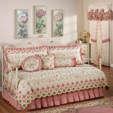 Bedroom Linens And Curtains Bedroom Design Simple Design Bedspread Sets With Sweet Bed Skirt