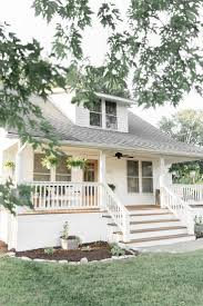 best 25 cottage front porches ideas only on pinterest lake