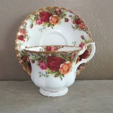 shop royal albert country roses on wanelo