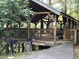 1 bedroom cabin just minutes away from downtown gatlinburg